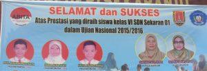 Muh. Akbar Rahman Hakim, Nabila Hilma Najati, dan Naufal Erlang Fawwaz meraih nilai matematika 100 dalam UN. Ketiganya adalah siswa Kampung Inggris Semarang.