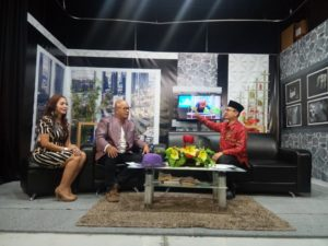 02-Talk Show in Action